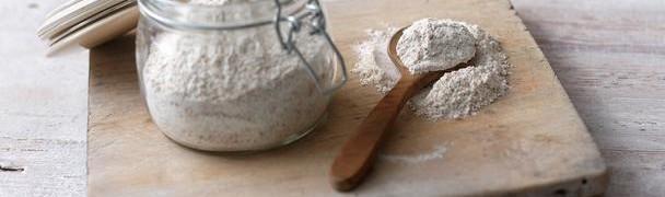 Farina, ingrediente fondamentale per i panini
