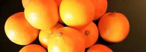 Arance, insalata di finocchi, arance, noci