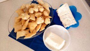 coccoli e formaggi