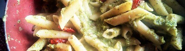 Ricetta facile penne con broccoli e pomodorini al forno